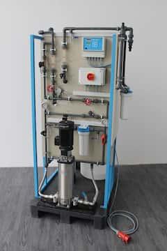 Umkehrosmoseanlagen GW250-UO und GW5000-UO mit 250l/h bzw. 5.000 l/h Permeatleistung