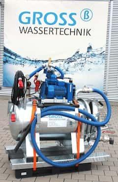 Saugwagen zum effektiven Harzwechsel