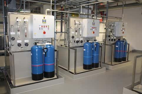 Vollautomatische Ionenaustauscheranlagen zur Rückgewinnung von Edelmetallen aus schwach belasteten Spülwässern bzw. Teilströmen aus Produktionsabwässern